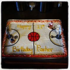 Basketball cookie cake Basketball Cookies, Basketball Party, Cupcake Cookies, Cupcakes, Lisa, Mac, Happy Birthday, Party Ideas, Desserts