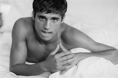 Martín Rivas... Ben Affleck, Don Carlos, Good Looking Actors, Perfect Strangers, Perfect Boy, Hey Girl, Actor Model, Series Movies, Hot Boys