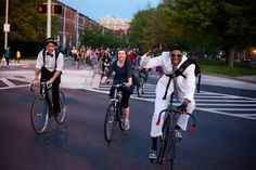 Bike Party — a fresh new way to take back the streets | Grist