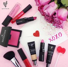 Calling All Men! Valentine's Day is coming! Forget the Chocolates and Flowers, Get her something she'll really LOVE! Younique's high quality cosmetics and skin care products are at the top of every woman's wish list!