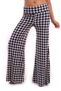 Black and white houndstooth palazzo pants foldover waist Bama football wear #AppleB #Widelegpalazzos