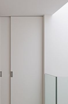 Souv 55 residence in Brussels by Suzon Ingber interior architecture _