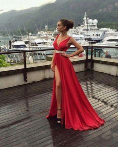 red Prom Dresses,v-neck prom dress,side slit prom Dress,long prom dresses #promdresses #fashion #shopping #dresses #evenningdresses #red