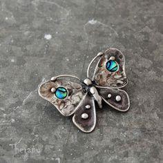 Duhový motýl