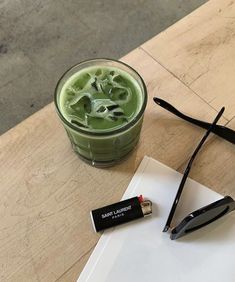 Green Tea Matcha February 27 2020 at fashion-inspo Aesthetic Food, Aesthetic Vintage, Aesthetic Korea, Urban Aesthetic, Fred Instagram, Think Food, Aesthetic Pictures, Food Porn, Food And Drink