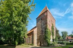 nice Kirche am Jedutenberg in Bremerhaven-Wulsdorf von 1313,  #Bremerhaven #Stadtansichten