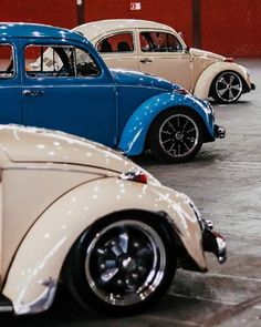 Classic Car News Pics And Videos From Around The World Vw Beetles, Carros Bmw, Rodan And Fields Reverse, Vw Vintage, Combi Vw, Ford Classic Cars, Best Muscle Cars, Vw Cars, Modified Cars