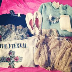 My type of clothes. So cute and elegant