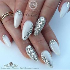 26 Super Ideas For Wedding Nails For Bride Bling Sparkle Swarovski Crystals Wedding Manicure, Wedding Nails For Bride, Bride Nails, Wedding Makeup, Luminous Nails, Bridal Shower Centerpieces, Diamond Nails, Card Box Wedding, Perfect Nails
