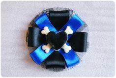 Broche 'Rock'  > http://liahmiau.com/broches/33-broche-rockbones-.html