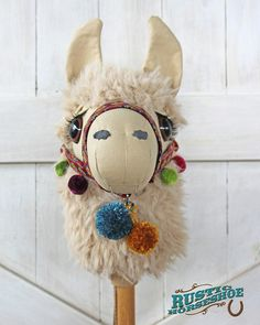 Sewing Toys Llama Ride-on Toy Stick Horse Sewing Pattern and Tutorial - This is my Llama Ride-On Toy, think 'stick horse / hobby horse'.but as an adorable llama! I created this design in the fall of Released April 2017 in a Sewing Pattern Sewing Crafts, Sewing Projects, Sewing Toys, Sewing Tutorials, Stick Horses, Sewing Stuffed Animals, Horse Pattern, Hobby Horse, Ride On Toys