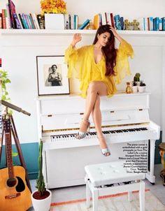 Jacqueline Fernandez for Vogue India 2017 photoshoot Bollywood Heroine, Beautiful Bollywood Actress, Most Beautiful Indian Actress, Beautiful Actresses, Bollywood Girls, Bollywood Actors, Bollywood Celebrities, Bollywood Fashion, Bollywood News