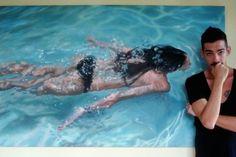 Густаво Сильва Нуньес (Gustavo Silva Nunez) с одной из своих картин