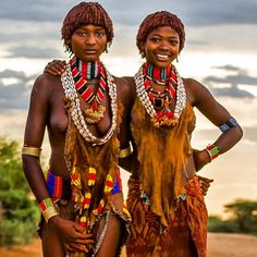 Women from the Hammer tribe