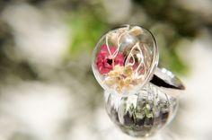 / 森林女孩 / 英式乾燥花透明玻璃球戒指 - 繽紛紅色乾燥花 - Coco&Banana | Pinkoi