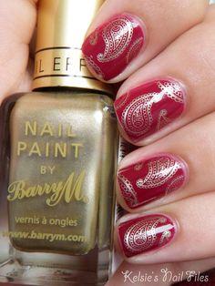 Get beautiful gold paisley #nails