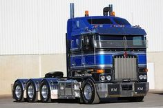 Nice Truck In The World - Truck is one sort of car that has a big body as well as design. Show Trucks, Big Rig Trucks, Old Trucks, Pickup Trucks, Custom Big Rigs, Custom Trucks, Scania V8, Road Train, Cab Over