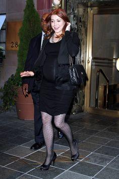Alyson Hannigan Photos: Alyson Hannigan Leaves Her Hotel in NYC