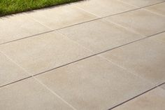 http://www.bricodepot.fr/rouen/dalle-beton-lisse-50-x-50-cm/prod31709/