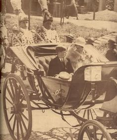 Queen Elena of Romania / Helen of Greece-Romania Queen Mary, Queen Anne, Romanian Royal Family, Grand Duchess Olga, Old Photographs, Ferdinand, Eastern Europe, Greece, Royalty