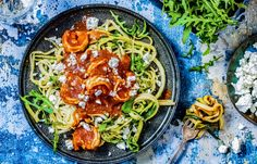 Courgetti met gamba's I Love Food, A Food, Good Food, Yummy Food, Risotto, Zucchini, Curry, Healthy Recipes, Healthy Food