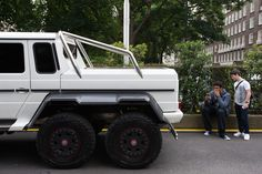 Two boys check out a Saudi Arabian registered Mercedes AMG that looked slightly out of place on a leafy London street today Mercedes G63, G63 Amg, London Street, Center Stage, Lamborghini, Super Cars, Monster Trucks, Boys, Check