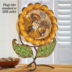 Decorative Sunflower Tabletop Fan from Collections Etc. Sunflower Room, Sunflower Kitchen Decor, Colorful Kitchen Decor, Sunflower Bathroom, Rustic Italian, Italian Home, Joanna Gaines, Tabletop, Sunflowers And Daisies