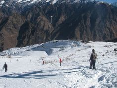 Auli has one of the longest skiing slopes in Asia. The 3 kms long slope ranges from 2519 m to 3049 m offering a glorious view of the towering Himalayan peaks such as the Nanda Devi (7817m), Kamet (7756m), the Mana Parvat (7273m) and the Dunagiri (7066m).