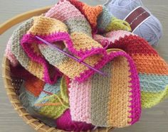 [Free Pattern] This Stripe-y Blanket Is The Easiest Thing In The World! - Knit And Crochet Daily