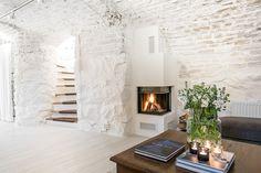 Eget gårdshus på 5 våningar mitt i centrala Stockholm - Roomly.se
