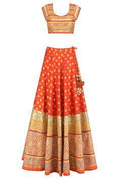 Orange and gold gota patti banarasi brocade lehenga set available only at Pernia's Pop Up Shop. Brocade Lehenga, Lehenga Choli, Silk Brocade, Anarkali, Sarees, Designer Bridal Lehenga, Indian Bridal Lehenga, Mehendi Outfits, Bridal Outfits