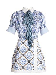 Mary Katrantzou Hayden Toile De Jouy-print Poplin Dress In Blue Mary Katrantzou, Wet Look Dress, Casual Dresses, Short Dresses, Blue Dresses, Mode Plus, Gingham Dress, Striped Dress, Poplin Dress