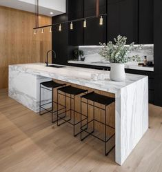 36 Stunning Modern Kitchen Island Design Ideas - Modern houses are designed to really suit the modern world that we have today. From living rooms, bed rooms, patios, bath rooms and even kitchens have. Modern Kitchen Interiors, Luxury Kitchen Design, Kitchen Room Design, Home Decor Kitchen, Interior Design Kitchen, Home Kitchens, Interior Plants, Interior Modern, Modern Luxury
