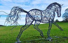 Charles Elliot sculpture - Eurodressage expose