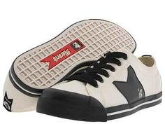 While other skate punks purchased MacBeth shoes because they were sold at PacSun, you bought them because Tom DeLonge owns the company. | 27 Things Only Blink-182 Fans Will Understand