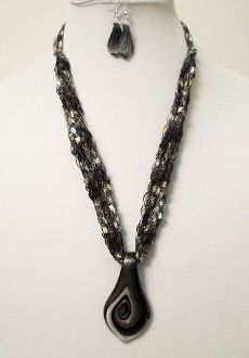 Novelty Crocheted Ladder Ribbon Necklace with Glass Pendant and Earrings, $20