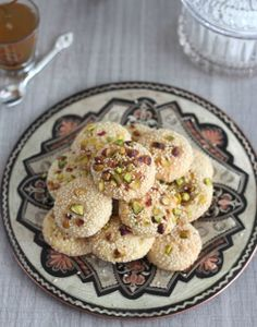 Délices d'Orient: Barazek: biscuits pistaches et graines de sésames (برازق)