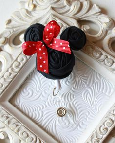 Minnie Mouse Rolled Rosette ID Name Badge Holder with Retractable Reel - SO cute!!!