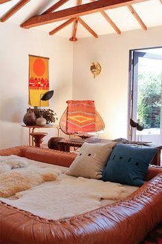 Peek into this so-comfy California home