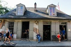 Lafitte's Blacksmith Shop, an atmospheric bar in New Orleans' French Quarter, was built in 1722 as a base for pirate Jean Lafitte and his crew, who operated out if Barataria Bay off the Louisiana coast.