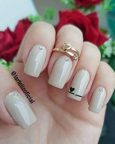 Glam Nails, Fancy Nails, Toe Nails, Pretty Nails, Trendy Nail Art, Stylish Nails, Nail Color Trends, Nail Colors, Glitter Nail Polish