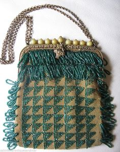 Antique Gold Tone Frame Amber Knit Crochet Brown Black Iridescent Bead Purse Periods & Styles Vintage