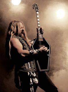 Zakk Wylde,Ozzy Osbourne, Black Label Society    I'd like to suggest my personal page about gift ideas, the page is http://ideiadepresente.com    Eu queria sugerir a todos minha p�gina sobre dicas de presentes, o site � http://ideiadepresente.com