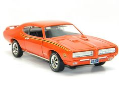 1969 PONTIAC GTO The JUDGE AMERICAN MUSCLE CAR Ertl 1:18 Scale Diecast Model