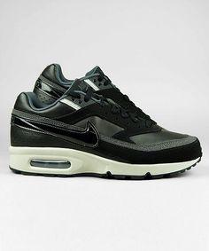 Nike Air Classic BW black/granite/anthracite #nike #sneakers #shoes #streetwear #men www.neverending-shop.de  || AcquireGarms.com