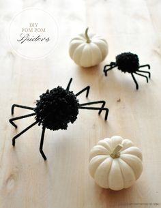 DIY Halloween Pom Pom Spiders - Shiny Pin
