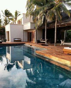 Plus belles superbes maisons de vacance en France Exterior Design, Interior And Exterior, Relax, Dream Pools, Pool Designs, Tulum, My Dream Home, Future House, Architecture Design