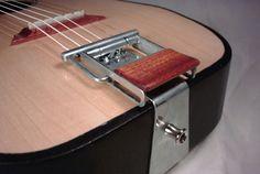 Tuvie Traveler's Guitar