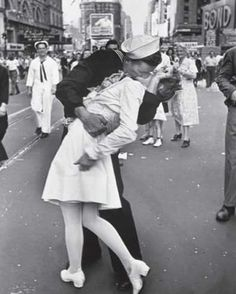 """""""The Kiss"""" Life Magazine photograph by Alfred Eisenstaedt that became a symbol of the celebration of the end of World War II."""