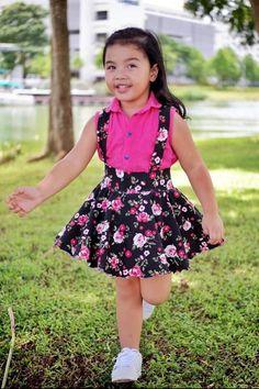 Girl& Be Smart Jumper Pattern Girl& Be Smart Jumper Pattern Baby Dress Design, Baby Girl Dress Patterns, Children's Dress Patterns, African Dresses For Kids, Little Girl Dresses, Cute Little Girls Outfits, Kids Outfits, Kids Dress Wear, Dress Girl